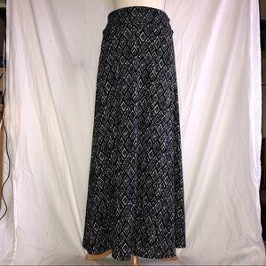 LuLaRoe Black & White Print Maxi Skirt
